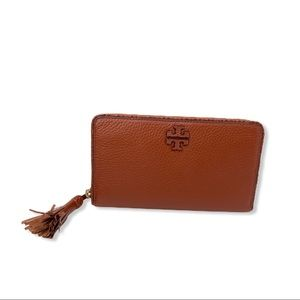Tory Burch Taylor Zip Continental Brown Wallet